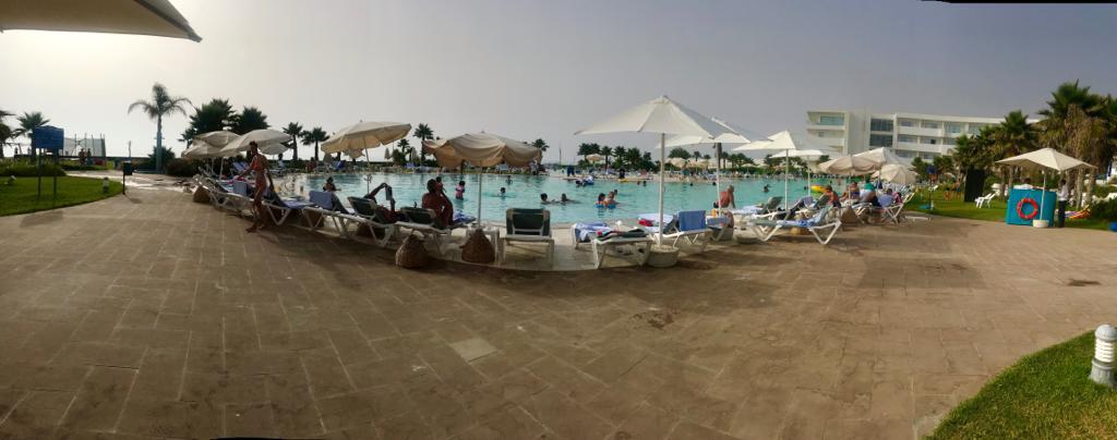 24 heures farniente au Lixus Beach Resort