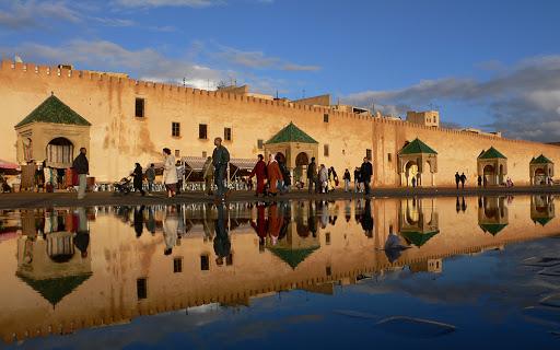 Meknès, à Travers les Siècles. (Vidéo)